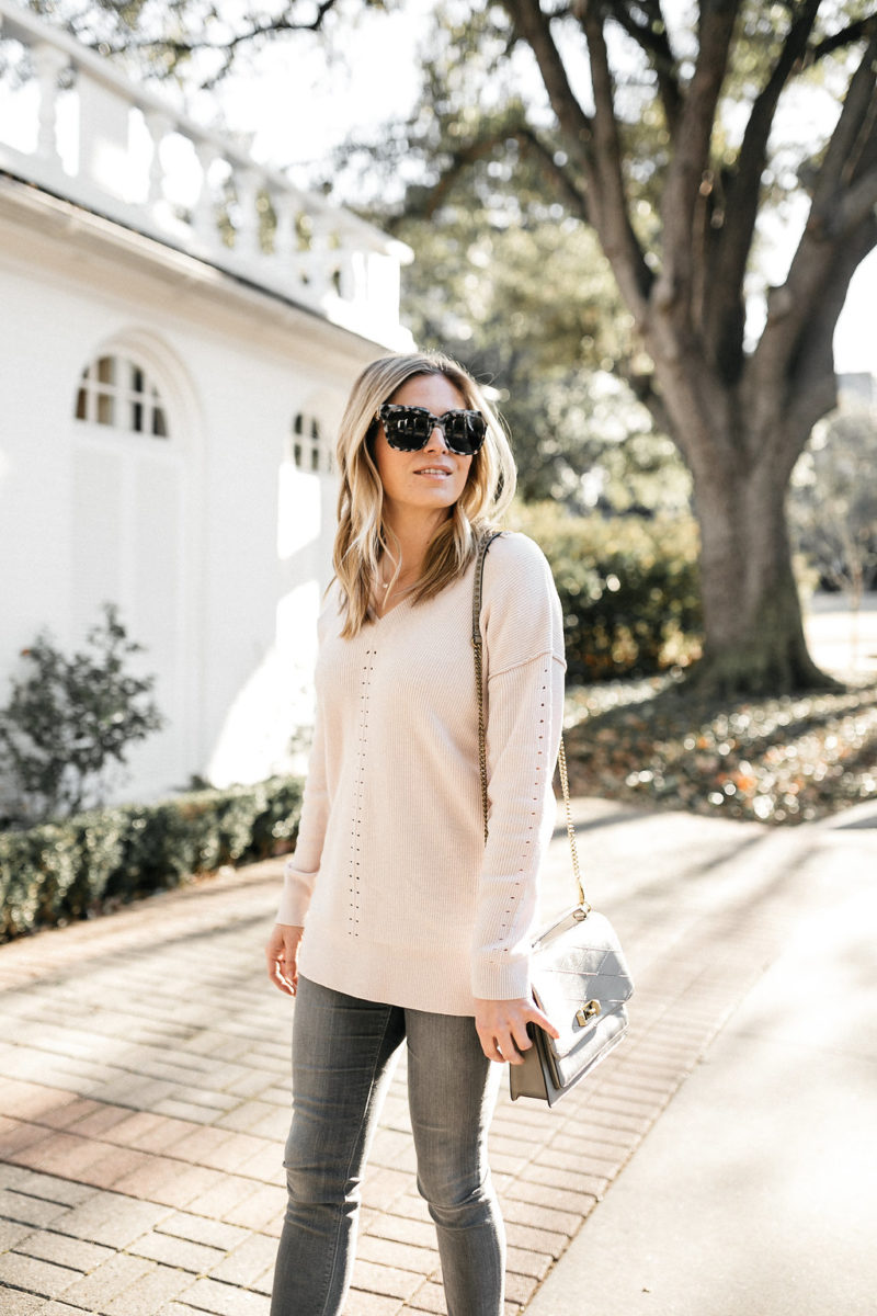 fashion blogger, style blogger, blush sweater, valentines day