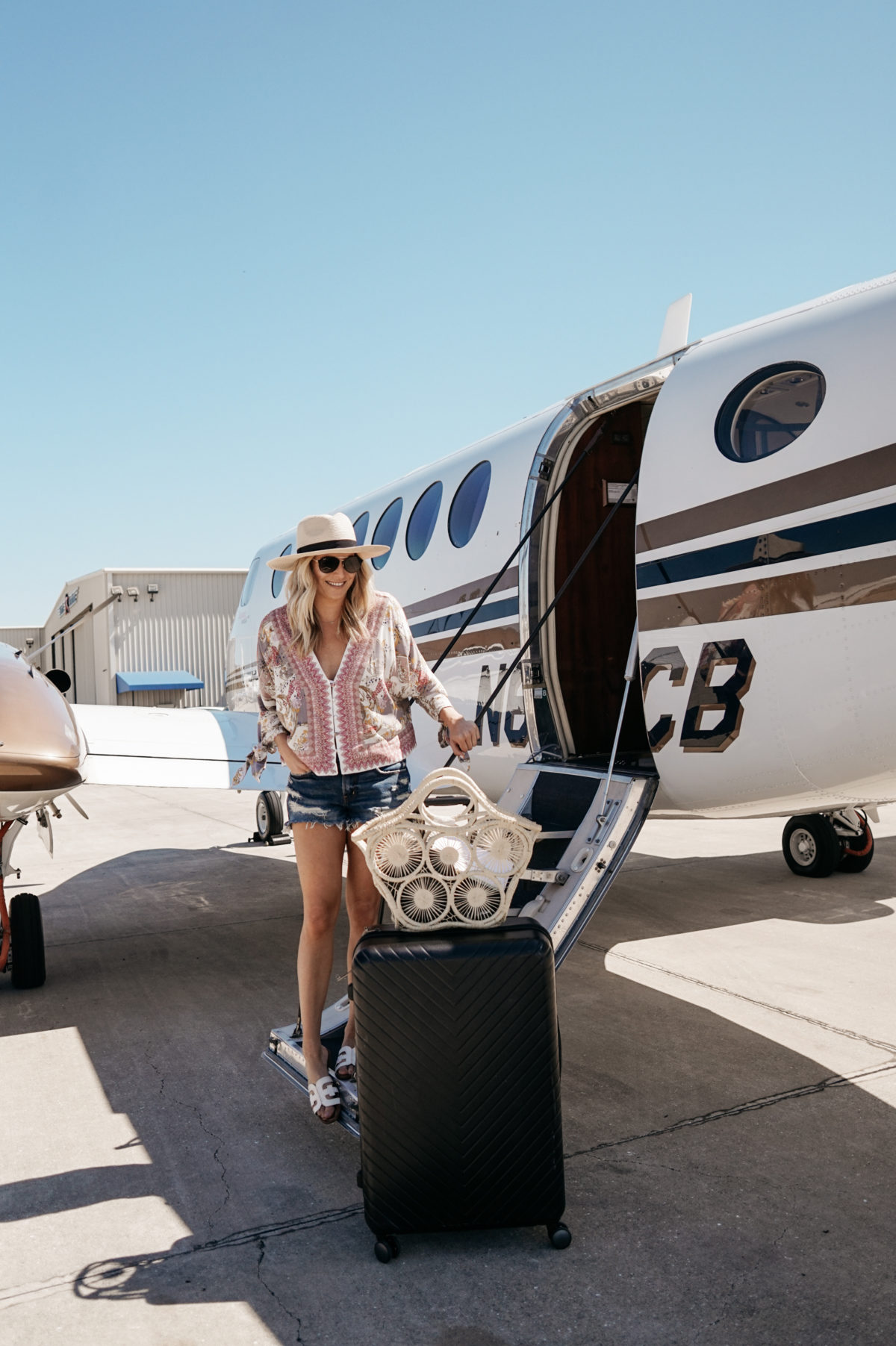 summer vacation travel style worn by Dallas lifestyle blogger