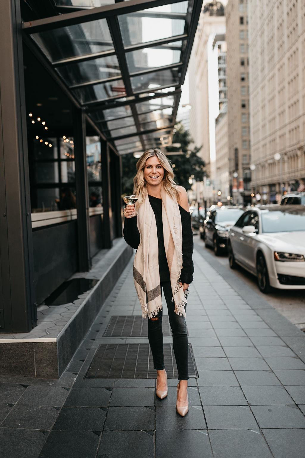 One-Shoulder Ribbed Sweater TREASURE & BOND
