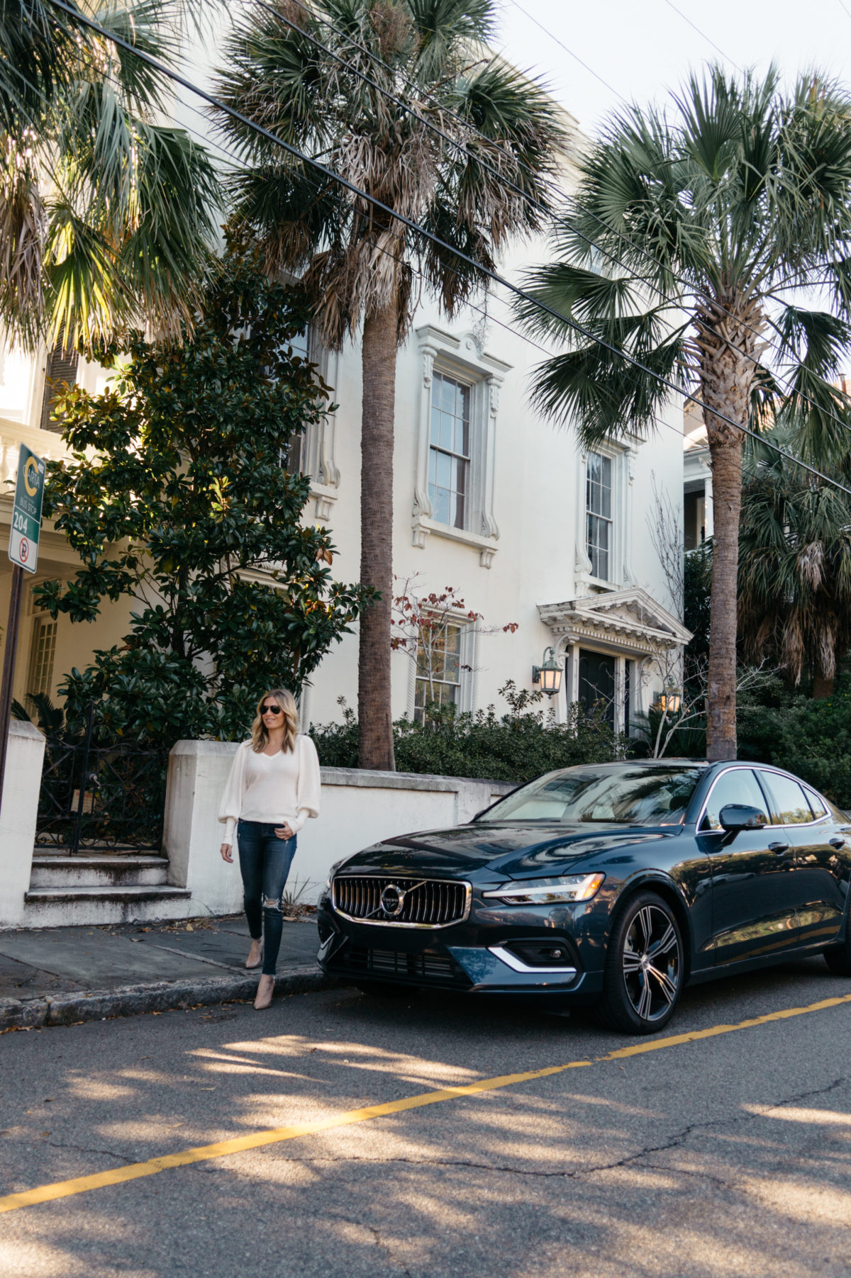 CHARLESTON EATS BY WAY OF VOLVO