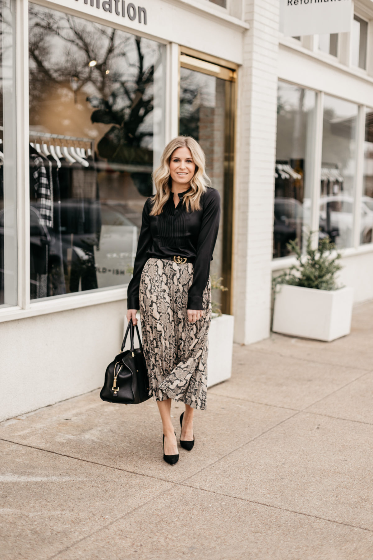 Leopard Skirt // Black Blouse // Black Heels // Gucci Belt (dupe here)