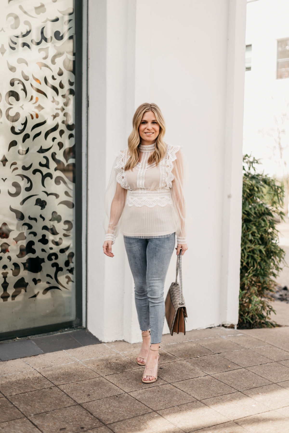 WHITE OUTFIT FOR SPRING