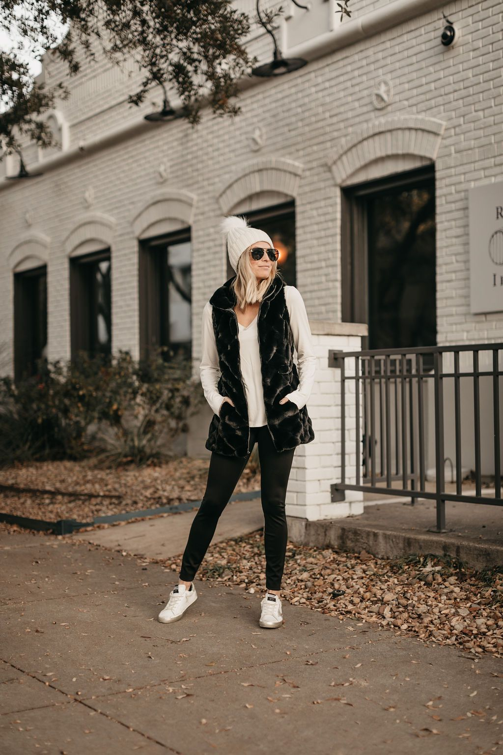 10 ATHLEISURE OUTFIT IDEAS